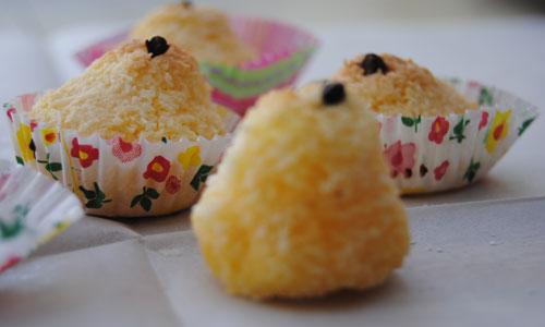 מדגימות את חוכמת המטבח הצפון-אפריקאי. עוגיות קוקוס אפויות