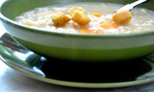 כשמתחיל להתקרר בחוץ, אין דבר שכיף יותר לאכול מאשר מרק