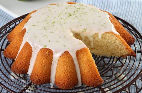מפתיעה וקלילה. עוגת ליים ושמן זית