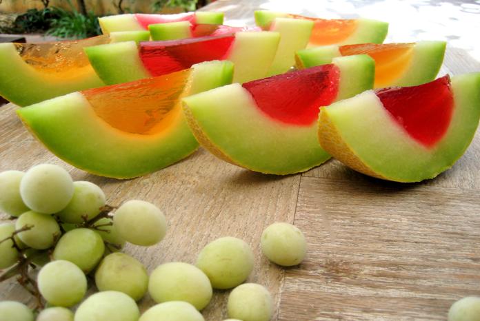 מלונים-וענבים-גלי