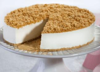 עוגת גבינה ופירורים ללא אפייה