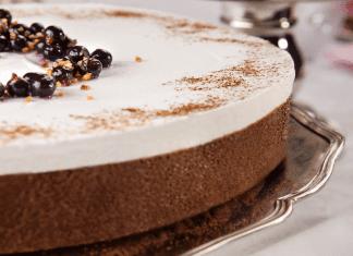 עוגת מוס בשלושה טעמים