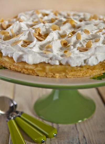 עוגת-תפוחים קלילה ומהירת הכנה