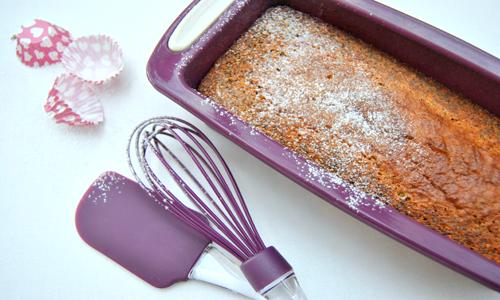 עוגת פרג בתבנית סגולה