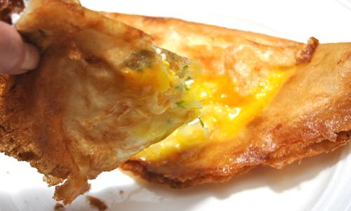 אפשר לגוון את המנה בעזרת גבינה מלוחה או גבינה צהובה. כיסני בריק